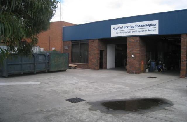 Factory 2/5 Kim Close, BULLEEN VIC, 3105