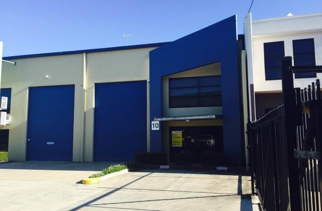 10/4-14 Riverland Drive, LOGANHOLME QLD, 4129