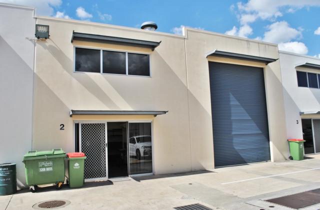 Unit 2/13-15 Ellerslie Road, MEADOWBROOK QLD, 4131