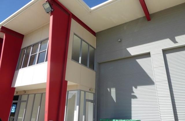 Unit 6/1 Fairtrader Drive, YAMBA NSW, 2464