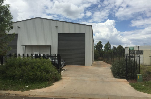 Shed 2/19 Croft Crescent, HARRISTOWN QLD, 4350