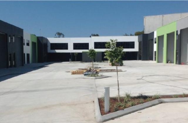 7/15 Industrial Avenue, MOLENDINAR QLD, 4214