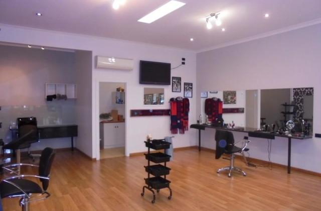 Shop 7/156-158 Main Street, PAKENHAM VIC, 3810
