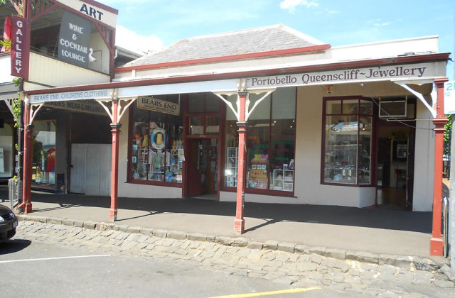 SHOP 2 37 Hesse Street, QUEENSCLIFF VIC, 3225