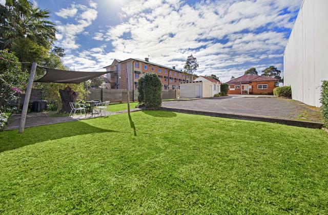 443 HUME HIGHWAY, CASULA NSW, 2170
