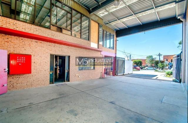 2/14 Garema Circuit, KINGSGROVE NSW, 2208