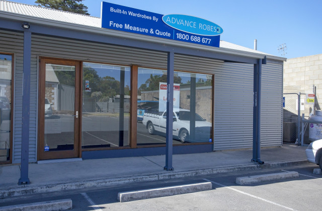 Shop 8, 33 North Terrace, PORT ELLIOT SA, 5212