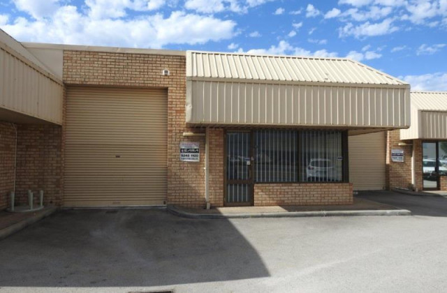 Unit 2/329 Collier Road, BASSENDEAN WA, 6054