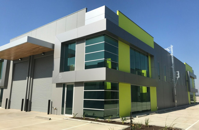 5 Corporate Drive, CRANBOURNE WEST VIC, 3977
