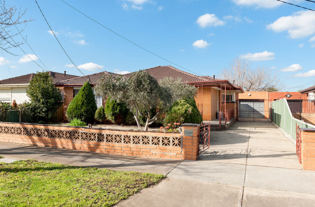 286 Dalton  Road, LALOR VIC, 3075