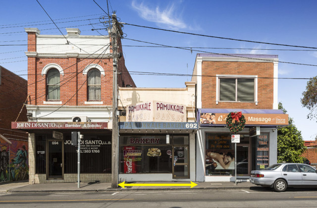 692 Sydney Road, BRUNSWICK VIC, 3056
