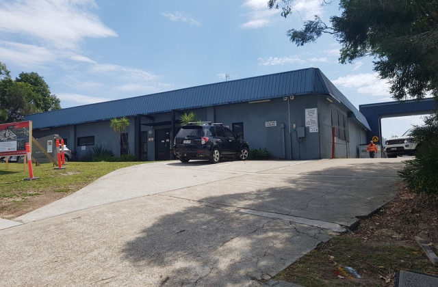 32 Industrial Avenue, MOLENDINAR QLD, 4214