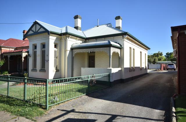 572 Englehardt Street, ALBURY NSW, 2640