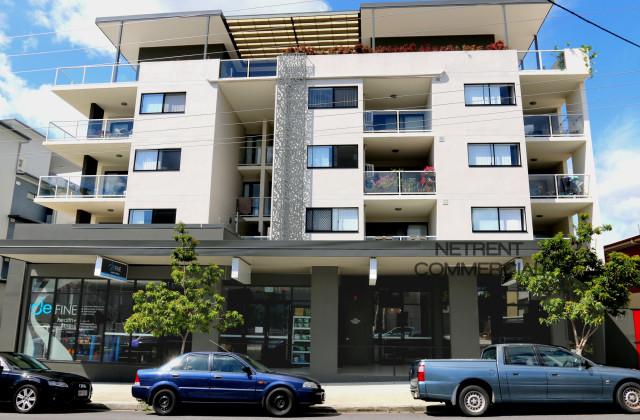 13-15 Norman Street, WOOLOOWIN QLD, 4030