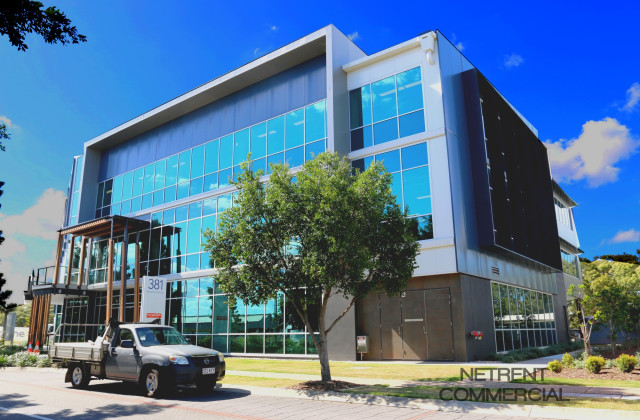 381 MacCarthur Avenue, HAMILTON QLD, 4007