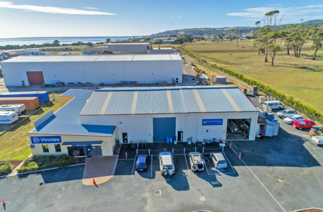 Whole Property/21 McKays Road, SOMERSET TAS, 7322