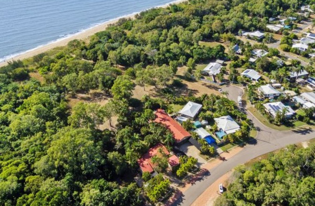 284 Ocean Parade, BALGAL BEACH QLD, 4816