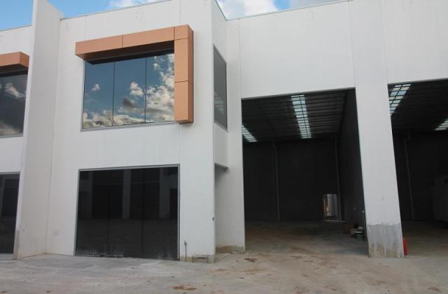 Unit 16/24 Bormar Drive, PAKENHAM VIC, 3810