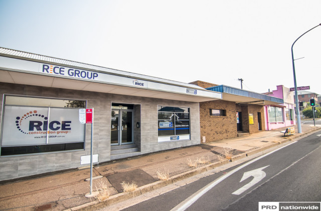 Unit 2/86 Bridge Street, TAMWORTH NSW, 2340