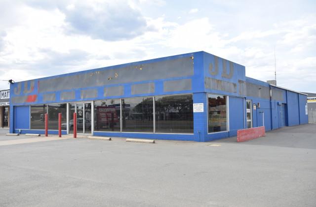 69-71 Benalla Rd, SHEPPARTON VIC, 3630