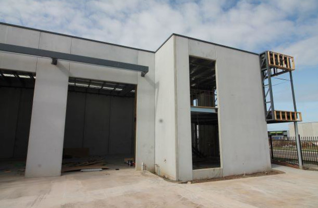 Unit 6/9-13 Industrial Circuit, CRANBOURNE WEST VIC, 3977