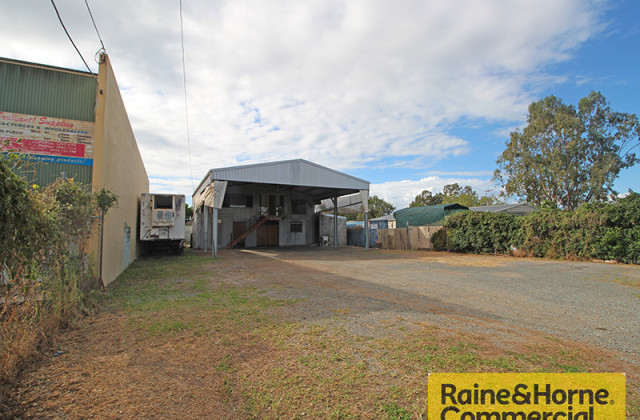 58 Beach Street, KIPPA RING QLD, 4021