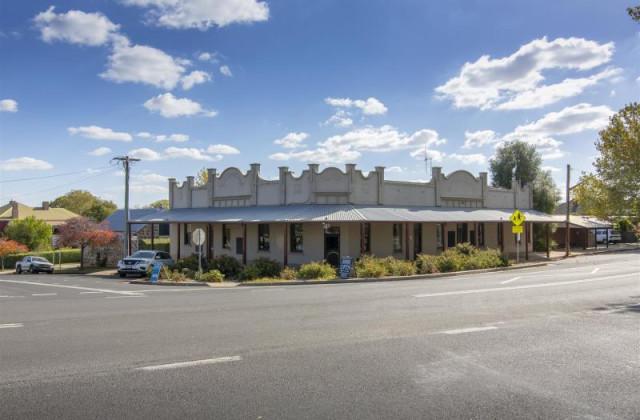 24 Park Street, MILLTHORPE NSW, 2798