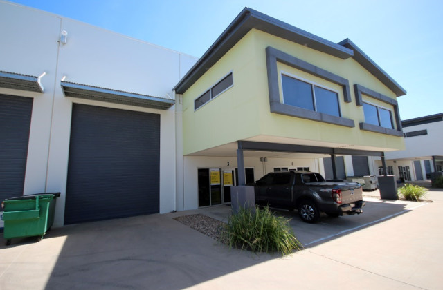 Unit 3, 585 Ingham Road, MOUNT ST JOHN QLD, 4818