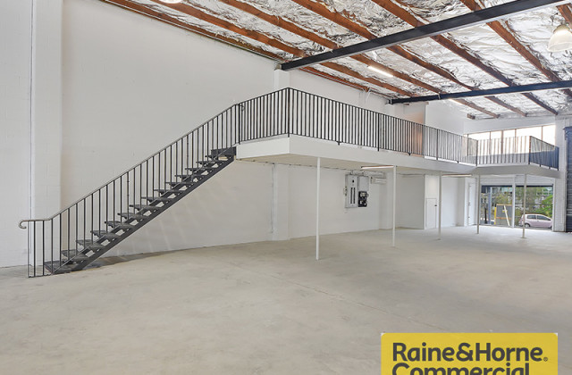 135 Sandgate Road, ALBION QLD, 4010