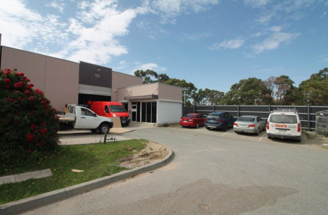 ./10 Craven Court, HALLAM VIC, 3803