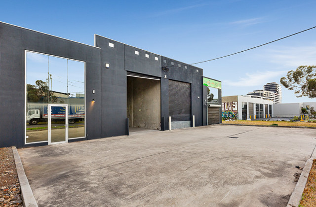 Unit 1/2 Caulson Close, MARIBYRNONG VIC, 3032