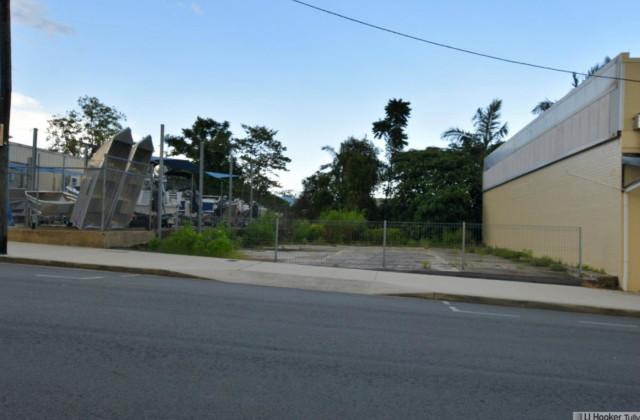 4a Watkins Street, TULLY QLD, 4854