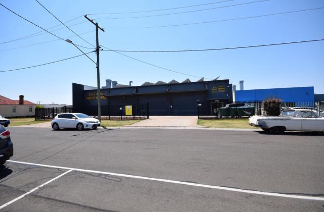 8-10 Tointon Street, TOOWOOMBA CITY QLD, 4350