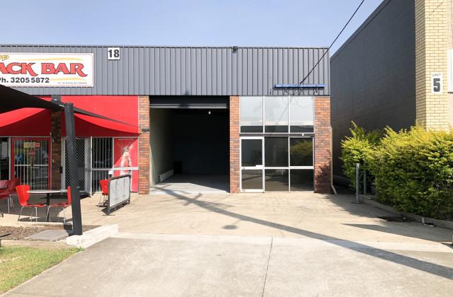 18J Paisley Drive, LAWNTON QLD, 4501