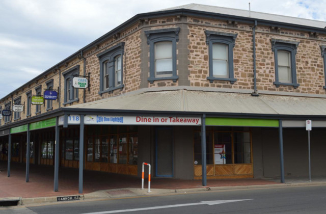 118 Commercial  Road, PORT ADELAIDE SA, 5015