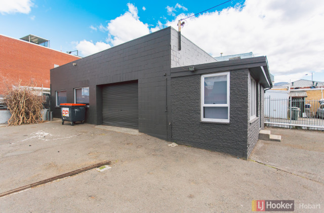 31 Albert Road, MOONAH TAS, 7009