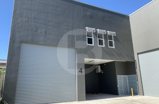 Unit 4/200 FAIRFIELD ROAD, YENNORA NSW, 2161
