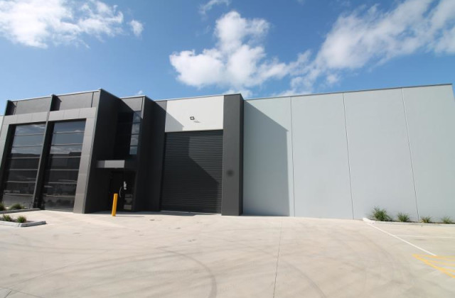 Unit 12/49 Industrial Circuit, CRANBOURNE WEST VIC, 3977