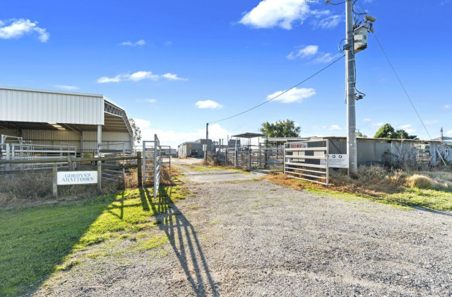 31 Fosterton Road, COBAINS VIC, 3851