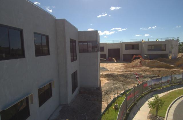 2/8 Distribution Court, ARUNDEL QLD, 4214