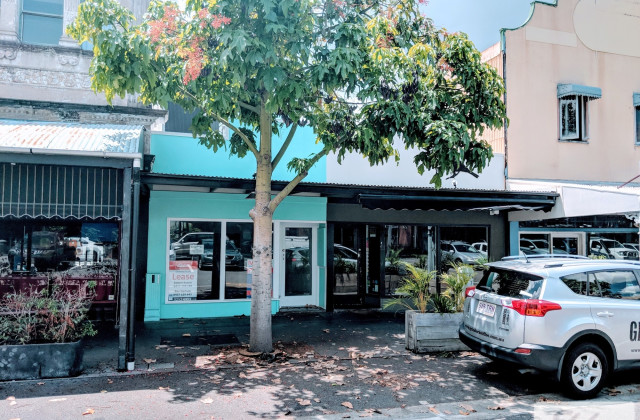 Shop/16 Logan Road, WOOLLOONGABBA QLD, 4102