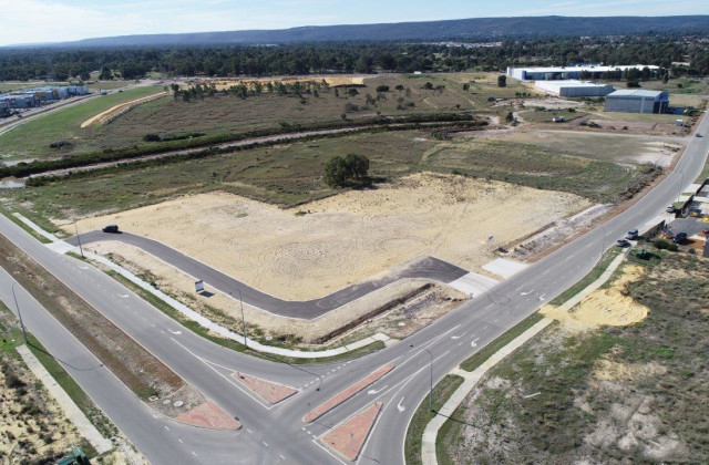 Lot 1/40 Alex Wood Drive, FORRESTDALE WA, 6112