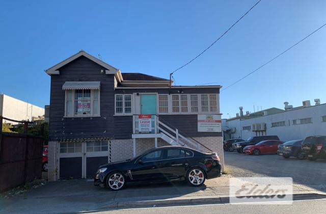 11 Stoneham Street, GREENSLOPES QLD, 4120