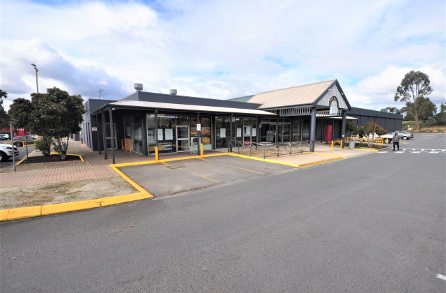 Shop 1 Strath Village Shopping Centre, STRATHDALE VIC, 3550