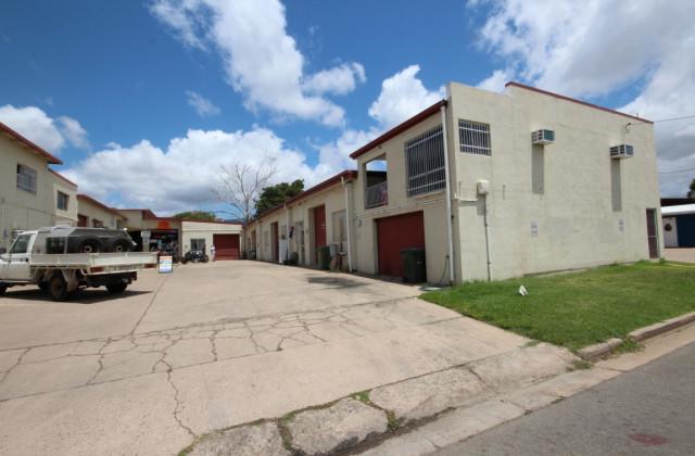 Unit 4, 27-29 Casey Street, AITKENVALE QLD, 4814