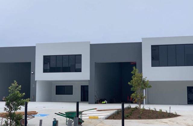 Unit 4/8 Distribution Court, ARUNDEL QLD, 4214