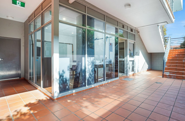 4/2 Victor Road, BROOKVALE NSW, 2100