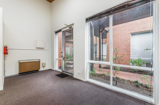 Suites 6 & 10/118 Church Street, HAWTHORN VIC, 3122