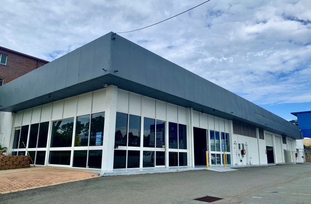 Unit 1/5 Central Court, HILLCREST QLD, 4118