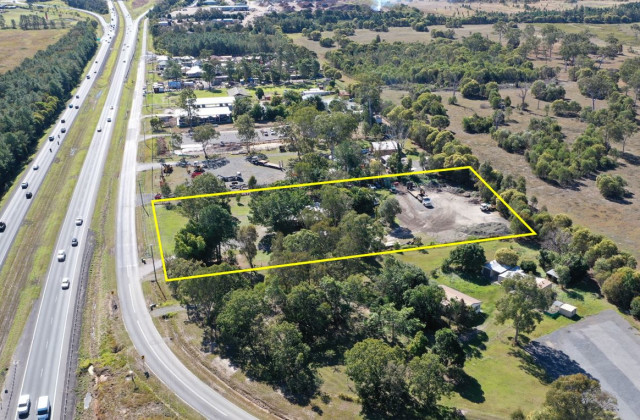 127 Old Toorbul Point Road, CABOOLTURE QLD, 4510